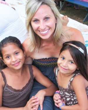 "MAKIGN FRIENDS —€"" Alisha Mecier, center, hangs out with two Nicaraguan children from Nueva Vida during last year's trip. For the last four years Faithful Stewards, a non-profit started in 2006 by Alisha and her husband Brandon, has raised money to help people in the Nicaraguan village. Courtesy photo"