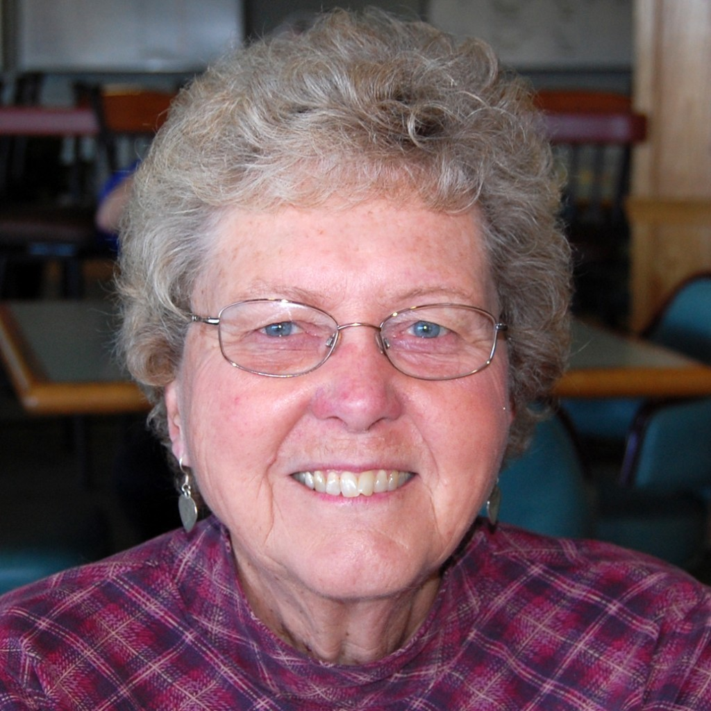 "Barbara Lyghtle, Cameron Park ""I spent most of my life in Modesto and came here a couple years ago to be near my family in Rescue. I have a beautiful golf course view and a whole new circle of friends from Snowline Hospice, where I volunteer. The people here are so friendly."""